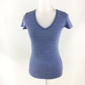 Under Armour blue v-neck tee t-shirt XS heat gear